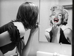 Mujer espejo